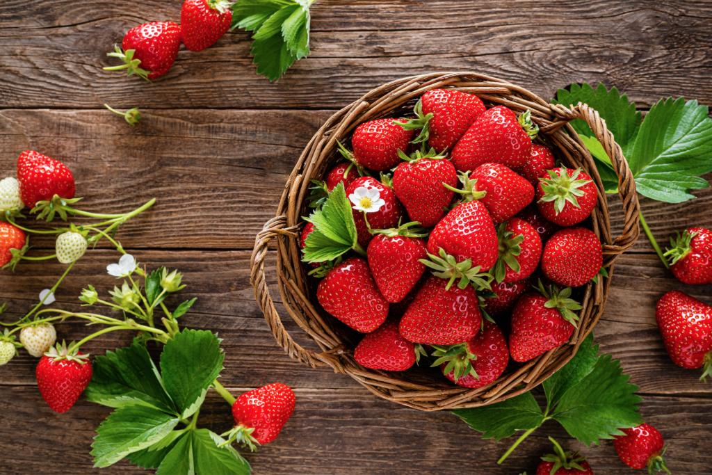Organic Straberries In Basket